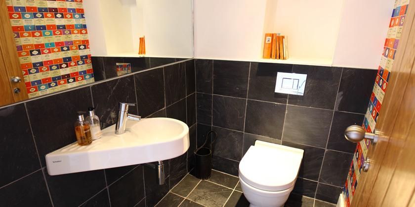 129-small-toilet-1